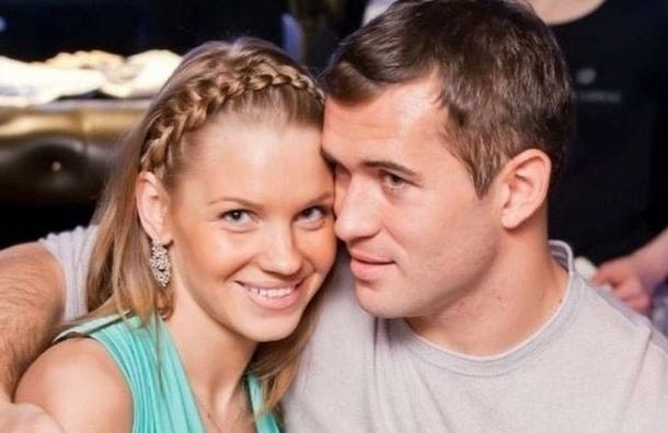 Экс-жена Кержакова подала в суд за право видеть сына