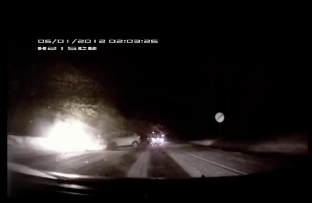 В сети появилась видеозапись страшной аварии в Ленобласти