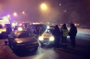 На Луначарского пьяный виновник аварии угрожал оружием