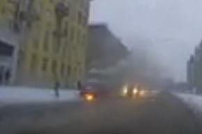На проспекте Металлистов горел автомобиль