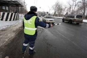 «Мерседес»-беглец дважды столкнулся с машиной ДПС