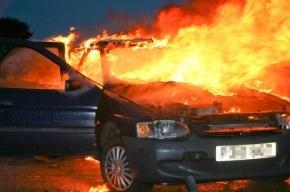 На улице Тельмана сгорели BMW и Ford