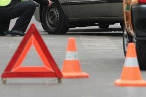 На улице Руставели ДТП перегородило проезд, образовались большие пробки