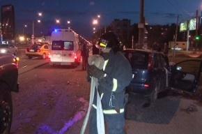 В Смоленку упал автомобиль