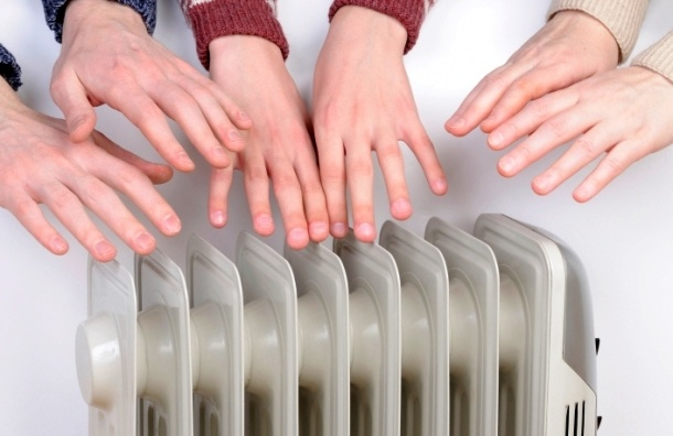 На сутки будет ограничена подача тепла в 674 зданиях на севере Петербурга