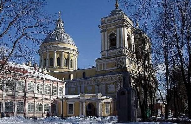 7 января Александро-Невскую Лавру подсветят по-новому
