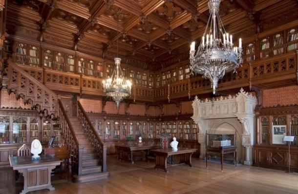 В Научной библиотеке Эрмитажа после краж проходит «тотальная проверка»