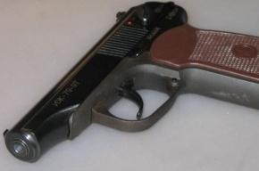 На даче в Ленобласти 46-летний мужчина застрелился из травматики