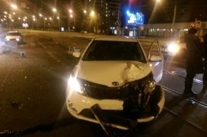 KIA снесла светофоры на Наличной улице