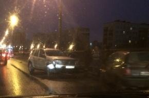 На Сортировочном мосту собралась пробка из-за массового ДТП