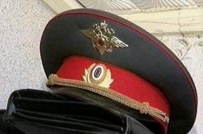 За оскорбление участкового на петербуржца завели уголовное дело