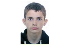 Больше недели в Петербурге разыскивают 16-летнего подростка