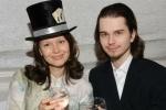 Фоторепортаж: «Пасынок Безрукова Андрей найден мертвым у себя дома»