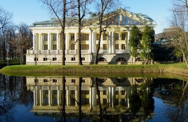 Каменноостровский дворец отреставрируют к августу