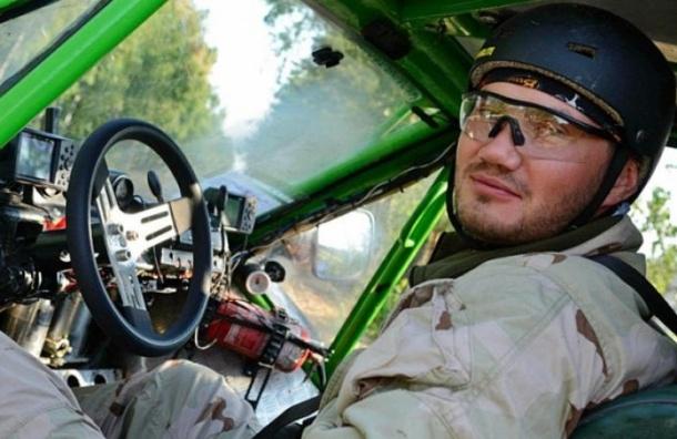 СМИ: Тело сына Януковича доставлено спецрейсом  в Крым