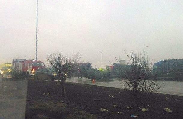 Софийскую улицу перекрыли из-за ДТП с «перевертышем»
