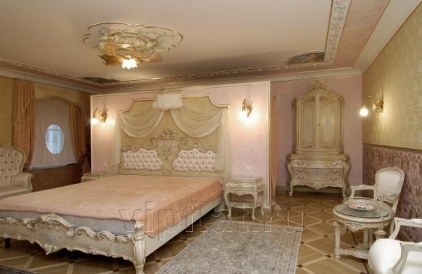 Волочкова продает квартиру в дворцовом стиле со скидкой