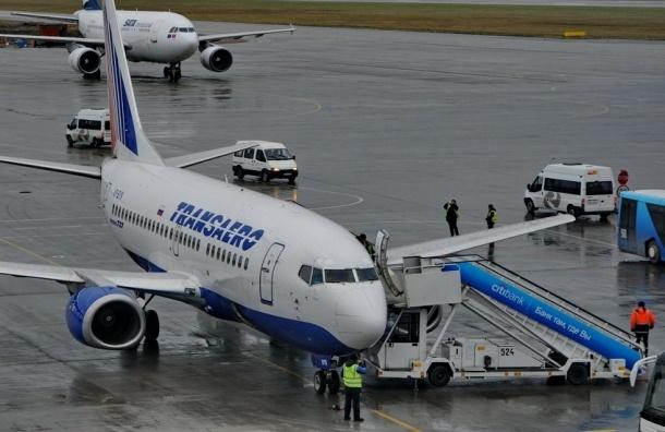Рейс из Петербурга в Дубай задержан на полдня из-за поломки