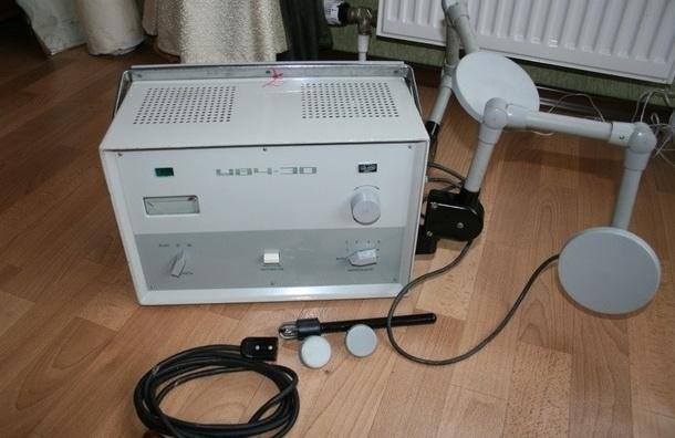 Во время физиотерапии в одной из поликлиник Петербурга на ребенке загорелся электрод аппарата УВЧ