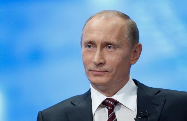 В Петербурге появится бюст Путина в образе римского императора