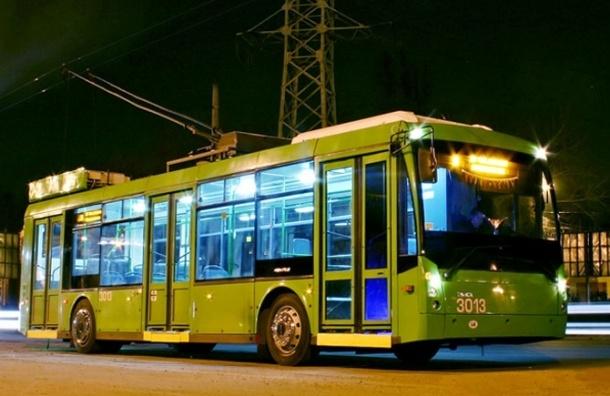 Комитет по транспорту Петербурга закупает трамваи и троллейбусы на 212 млн рублей