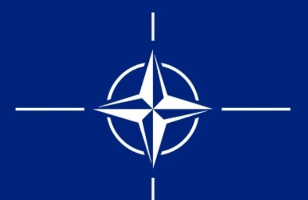 НАТО: на востоке Украины гибнут военные из России