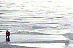 16 рыбаков сняли со льдины в Финском заливе