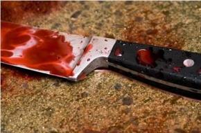 В парадной дома на улице Партизана Германа на мужчину напали с ножом