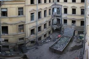 В доме Штакеншнейдера на Миллионной вновь начались строительные работы