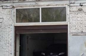 В Петербурге автомойщик угнал Mercedes своей клиентки