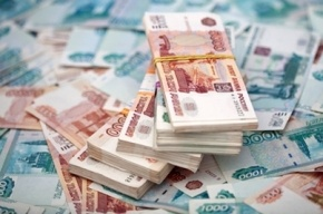 Пятеро разбойников напали на петербуржца и отобрали 850 тысяч рублей