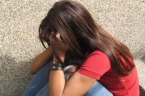 Трое узбеков изнасиловали 16-летнюю девушку в бытовке под Петербургом