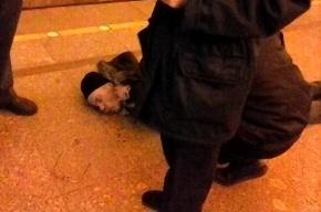 На платформе станции метро «Проспект Большевиков» скончался мужчина