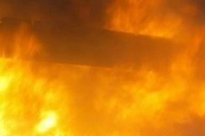На улице Сикейроса вспыхнула трехкомнатная квартира