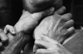 В Колпино пенсионер задушил собственную жену