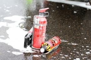 На Выборгской набережной из-за столкновения загорелся автомобиль