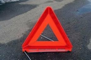 На Софийской улице водитель Citroen не справился с управлением и влетел в препятствие.