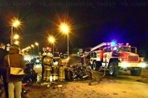 В Пушкине Hyundai, столкнувшись с BMW, загорелся