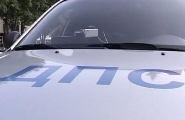 В Петербурге полицейского уволят за то, что вытащил водителя из машины