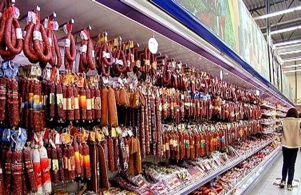 Петербуржец украл на 2 тысячи колбасы из