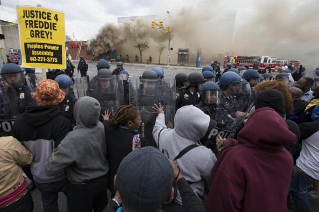 Беспорядки в Балтиморе: Фото