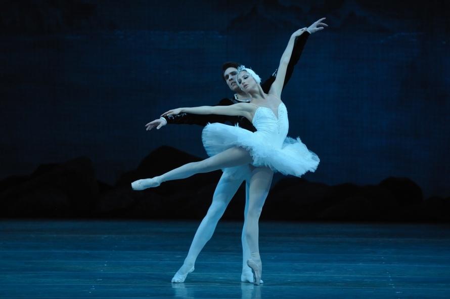 Оксана Скорик и Тимур Аскеров в балете
