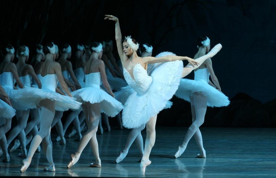 "Екатерина Кондаурова в балете ""Лебединое озеро"" Фото: Наташа Разина © Мариинский театр"