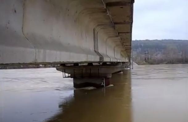 Уровень воды в Томи поднялся к опасной отметке