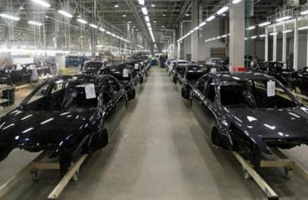 Завод Nissan в Петербурге возобновил работу после простоя