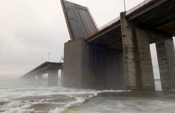 На трассе «Кола» Ладожский мост будет разведен до 10:45