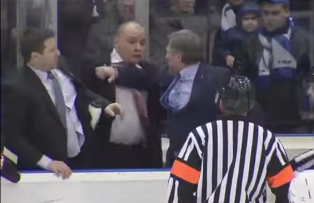 ТХК - Ижсталь: на матче произошла драка тренеров