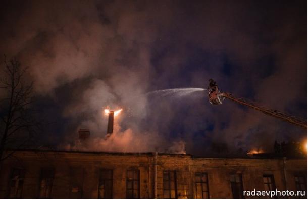 Ночью в Петербурге произошел пожар на Звенигородской улице