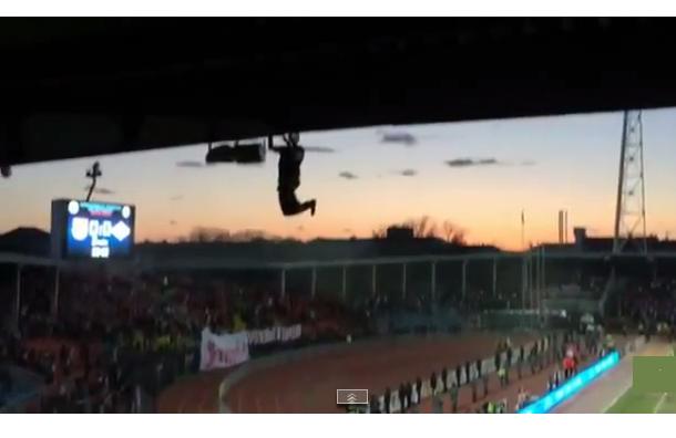 Тульские новости: Болельщику «Спартака», который упал с крыши, удалили селезенку
