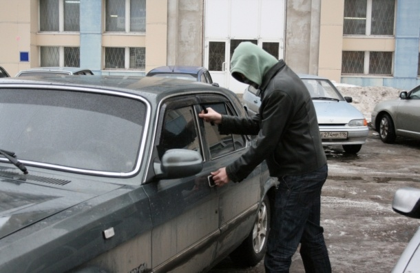 Полиция задержала члена банды автоугонщиков